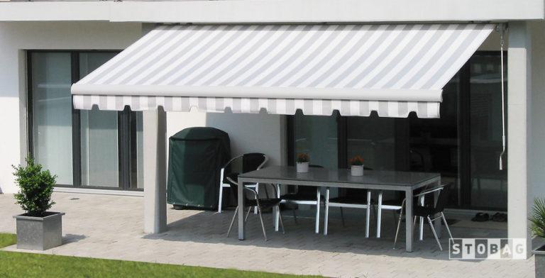 Le Tende da sole a braccio fanno parte della proposta di tende da esterno Dughera Serramenti